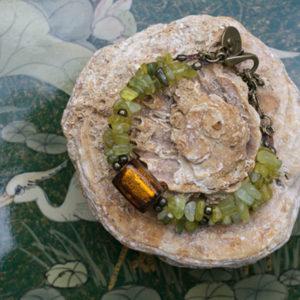 pulsera de piedras de jade y cristal indio
