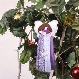 Ángel de tela y fieltro violeta